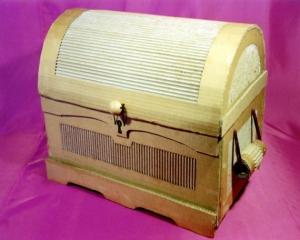 baul-hecho-con-carton-570x456