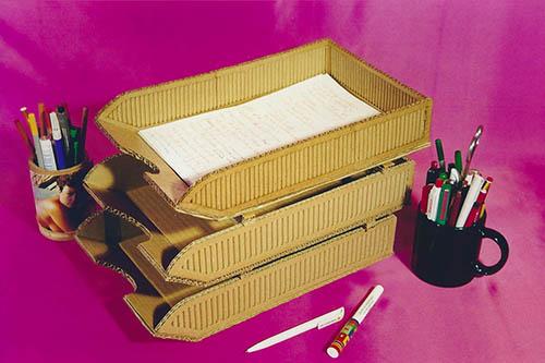 Libro de manualidades con cartón | Portafolios | Bandejas de cartón